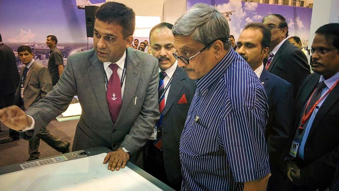 Defense Minister visits Elcome at IFR